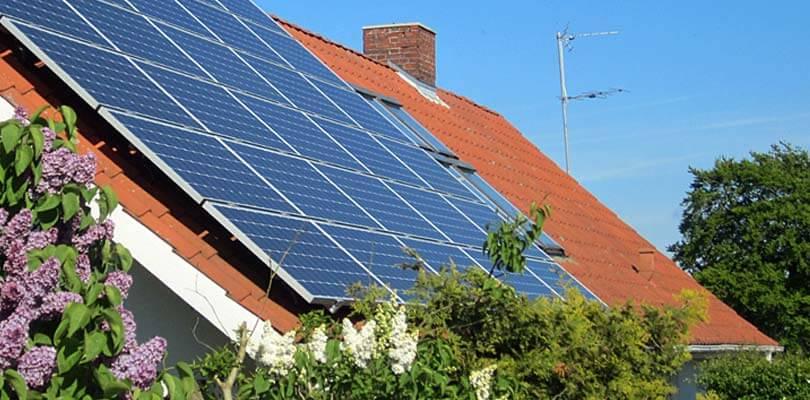 Installation af solceller med landsdækkende service